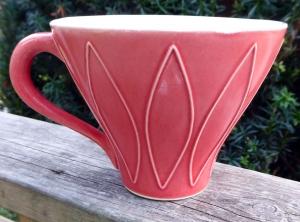 Tekopp Harlequin Ljusröd - Ulrika Ahlsten Keramik